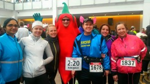 "Obiligatory photo with the ""Chilly"" before the Chilly half-marathon"