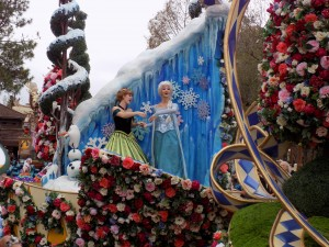 Festival of Fantasy Parade at Magic Kingdom: Anna and Elsa from Frozen